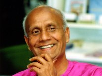 sri-chinmoy-smile-wide